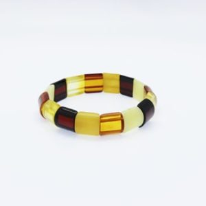 Natural Baltic Amber Stretch Bracelet. Amberman.