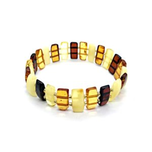 Natural Baltic Amber Stretch Bracelet. www.amberman.com