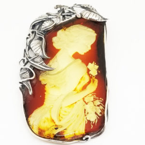 Lady with Flowers Reverse Intaglio /Cameo Amber Pin/Pendant