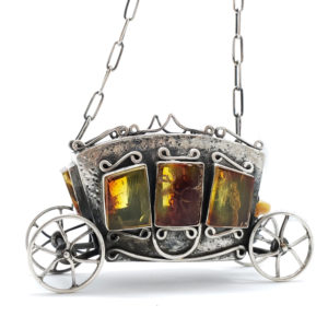 Baltic Amber .925 Silver Cinderella Carriage Necklace