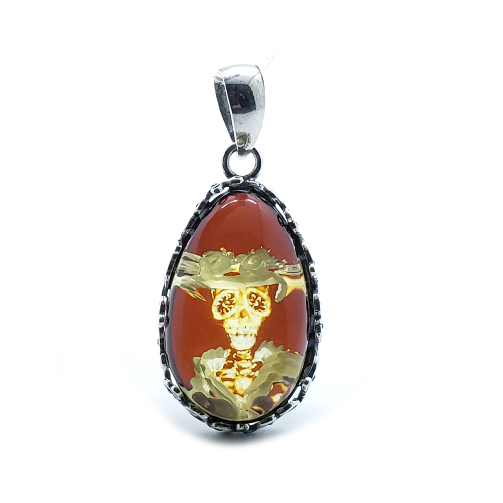"""""""Skull In A Hat"""" Image Cameo Amber Pendant"""